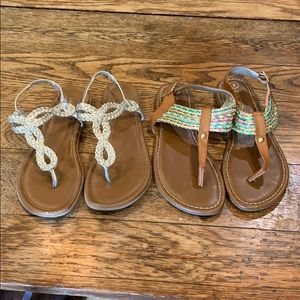Bundle of size 5 sandals
